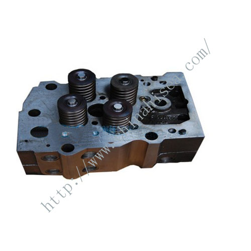 Cummins cylinder head 3072438