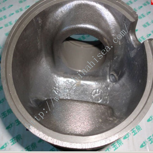 Yuchai engine piston.jpg
