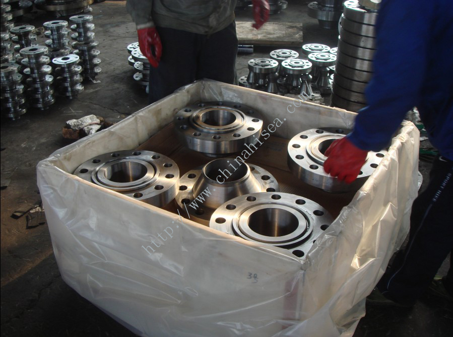 ASTM A350 LF1 WNF Flanges packing