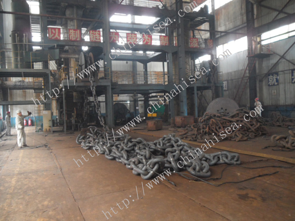 Mooring anchor chain.JPG