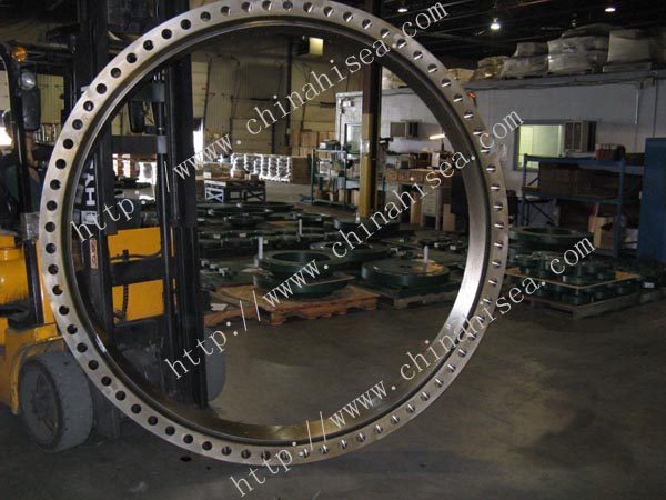 Class-600-stainless-steel-lap-joint-flange-workshop.jpg