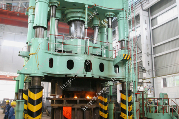 Forged-steel-threaded-caps-class-6000-machinery.jpg