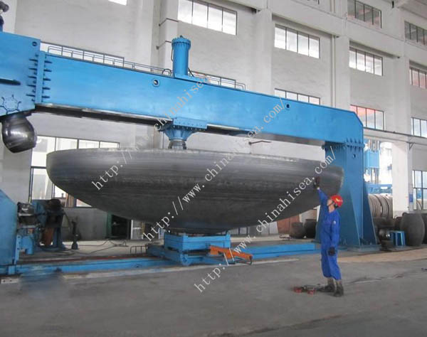 Forged-steel-threaded-caps-class-6000-workshop.jpg