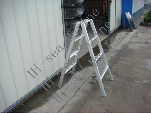 <strong>Aluminium Herringbone Ladder</strong>