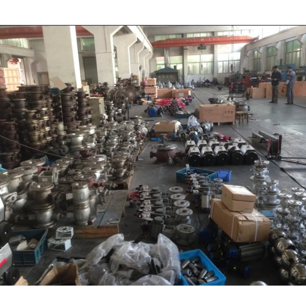Large Port Butterfly Valve Factory 2.jpg